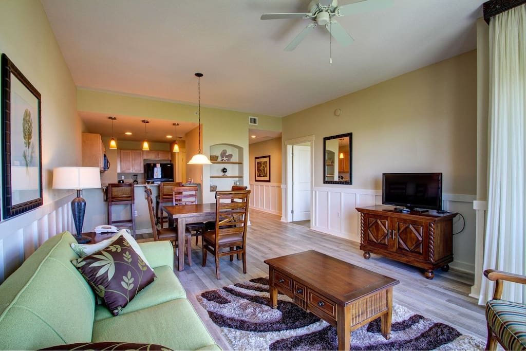 HUGE living area with flat screen TV, fully equipped kitchen and dining area
