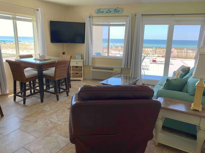 Serving Vitamin SEA! Ground floor BEACHFRONT views