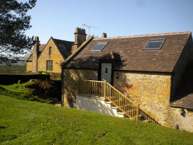 Spacious Apple Loft near Beaminster and Bridport - Dorset - Hus