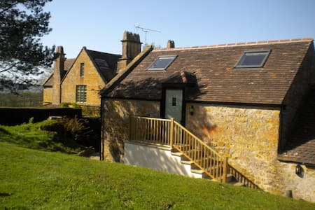 Spacious Apple Loft near Beaminster and Bridport - Dorset - Haus