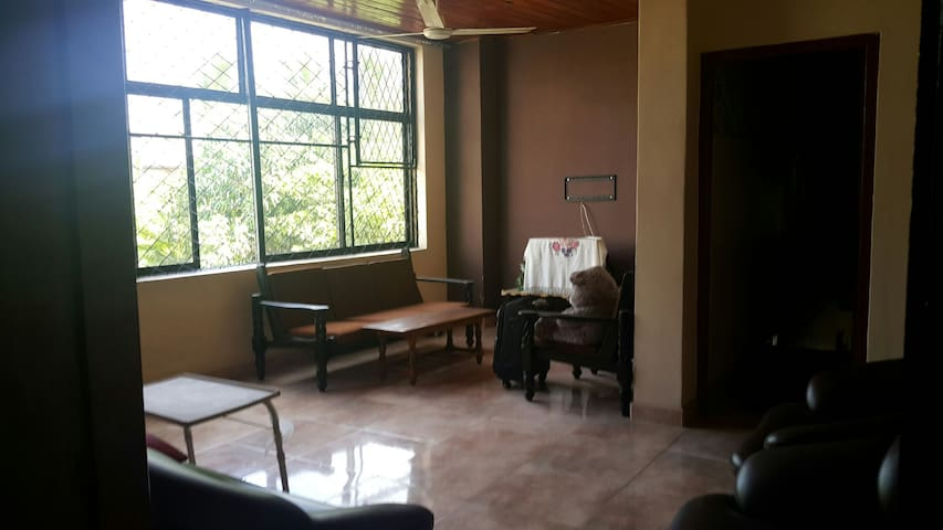 Homestay Furnished Apartment - Moratuwa