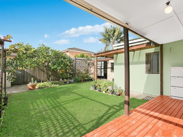 Chatswood Master room with A/C and own toilet - Chatswood - Huis