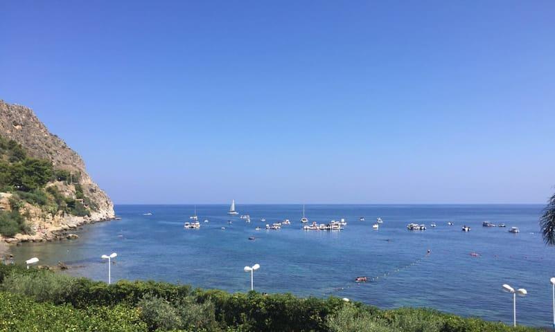 Casa al mare,150m, vista mozzafiato - Santa Flavia - House