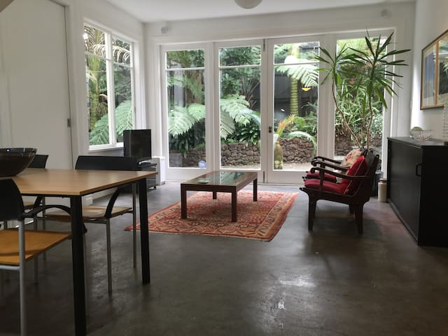 Private garden flat in the heart of Ponsonby - Auckland - Departamento