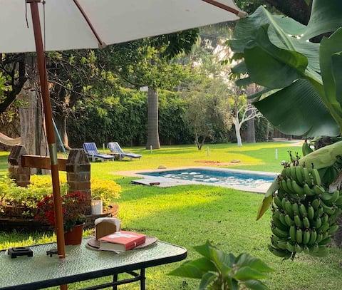 ☀️ LUCY Suite Privada, Jardín y Alberca  en Morelos