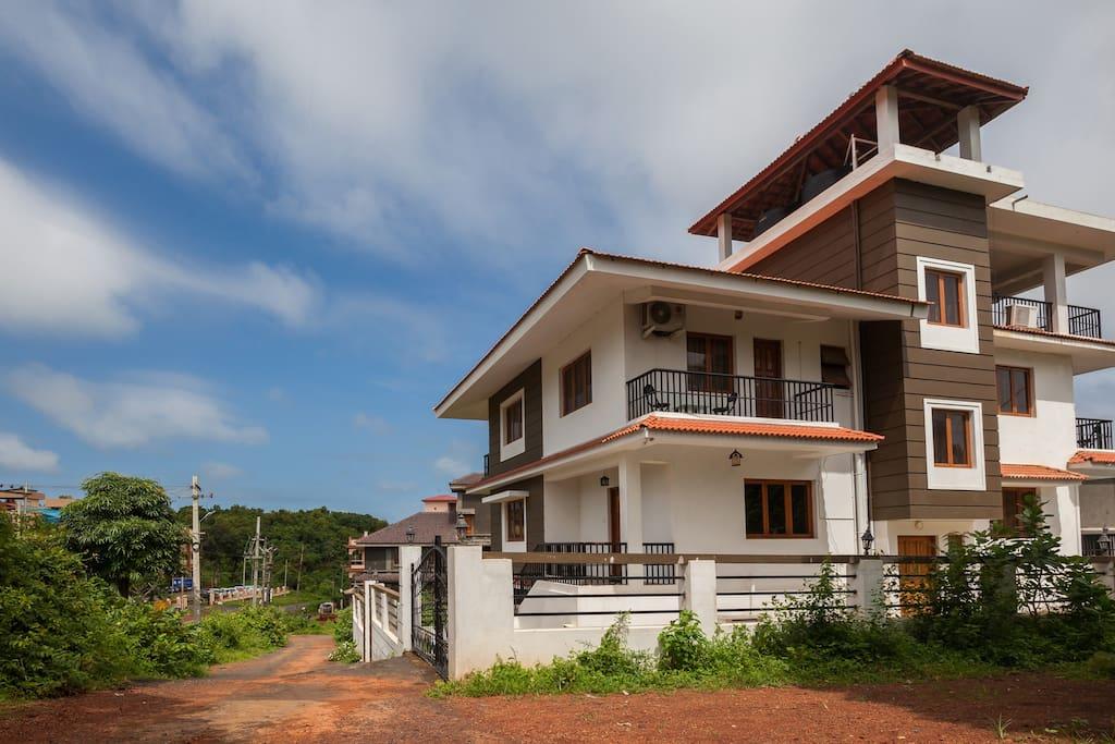 Exterior of the villa.