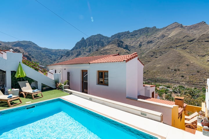 House with pool in El Valle de Agaete ( GC0366)