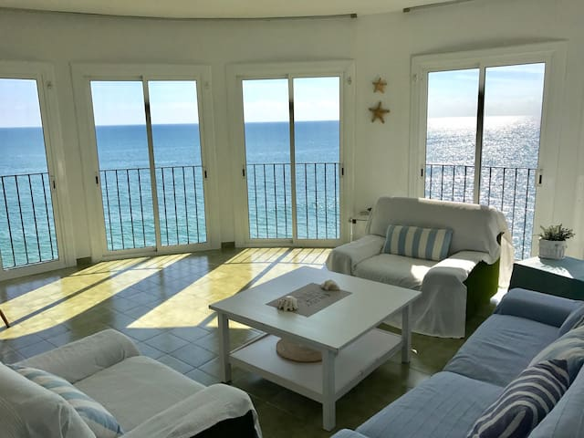 Amazing house in first line the sea - Sitges - Apartmen