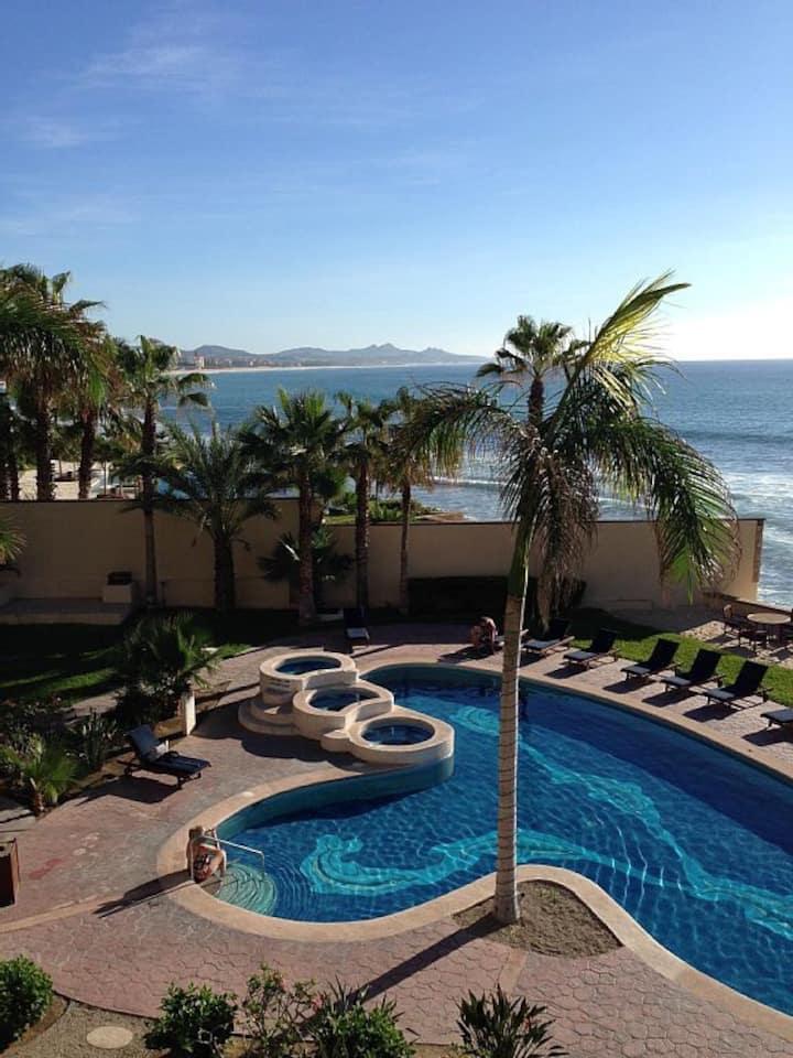 **Renos Complete :) ** Beachfront Las Olas
