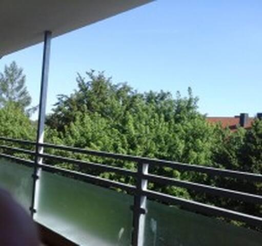 3-Zimmer, Süden, Sonne, Terrasse, Eltern & Kinder - Munich - Appartement