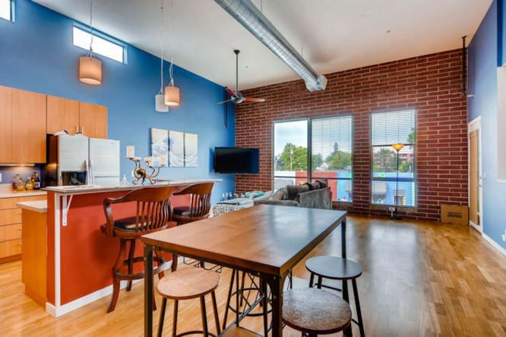 Open and Modern Loft Layout