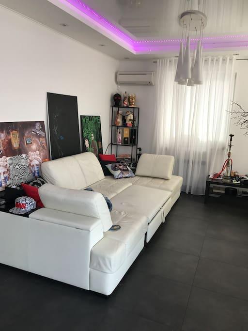 Living room, 1st floor