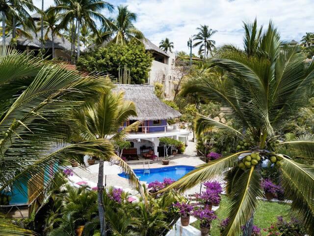 Villa Cuatro, el mar y su espléndida vista.