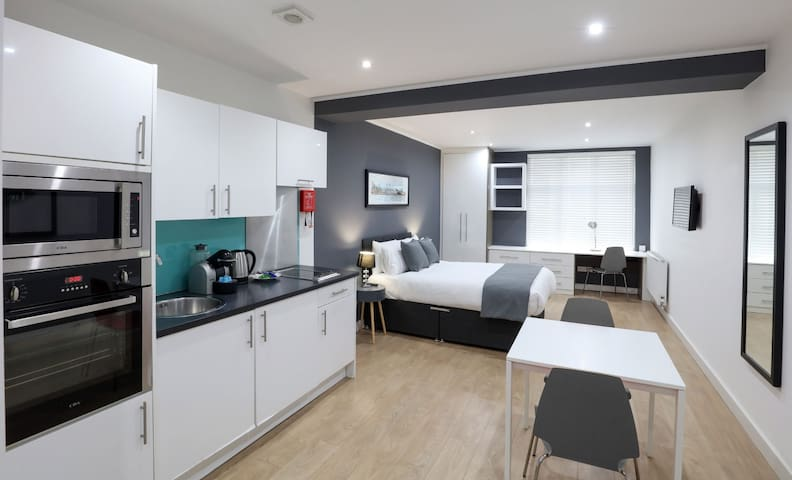 Studio Apartment | Bold Street