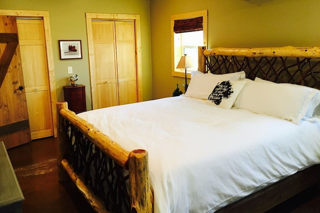 One of 3 King Size Beds