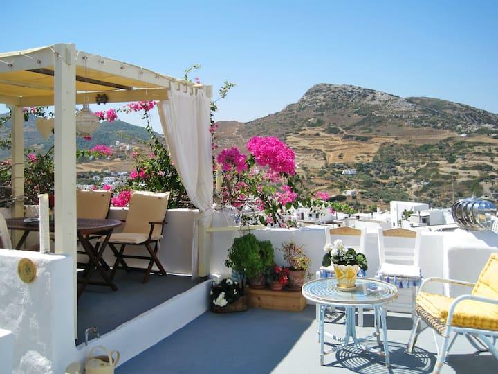 Schönes Haus mit Terrasse & Wifi