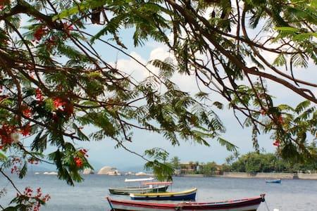 Ilha de Paqueta - Rio de Janeiro - Rumah