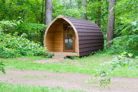 Pod in the forest - Shadwell - กระท่อม