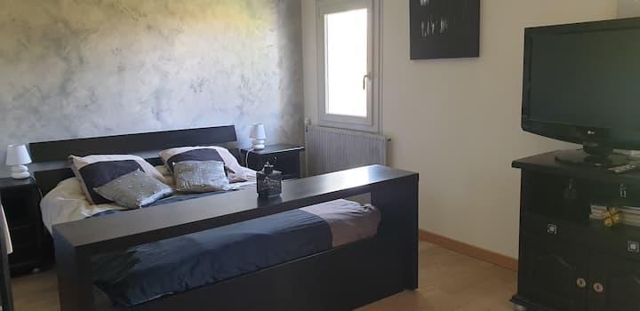 bedroom Les Martres de Veyre