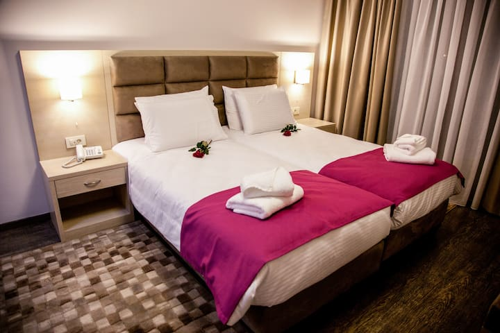 Deluxe room with lake view - Giànnina - Bed & Breakfast