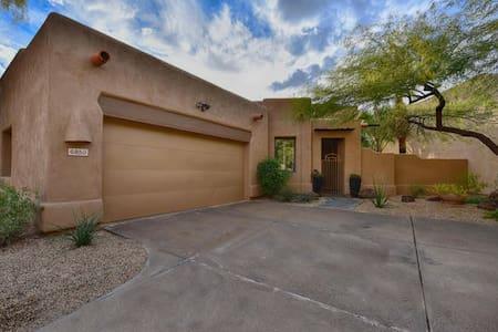 Beautiful home near Old Town & Salt River Fields! - Scottsdale - Σπίτι