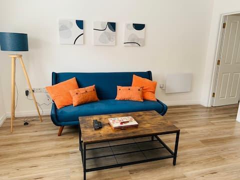 Fresh modern one bedroom flat in Pembroke Dock