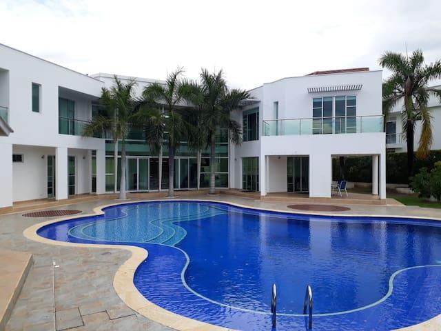 Excelente Casa en Anapoima !!