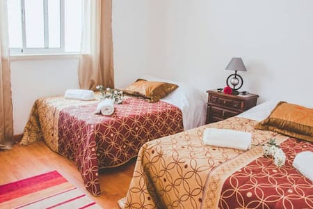 4-5 Person Private Room with Shared bathrooms - アルコバッサ - B&B/民宿/ペンション