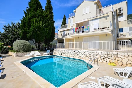 Romantic Pool Apartment - BIG DISCOUNT IN AUGUST