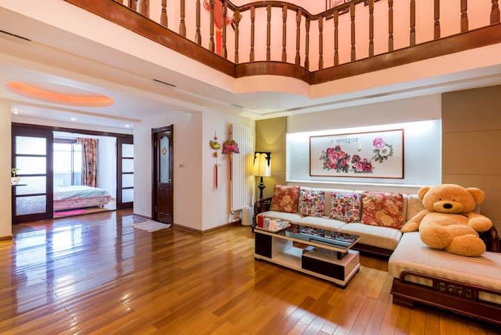 哈尔滨中央大街民宿Harbin Central Street home复式190平3室1厅2卫