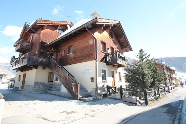 Apartment in Baita just 200 meters away from the ski lifts