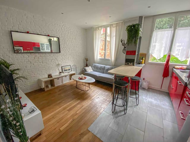 Cosy flat - 10min from Paris