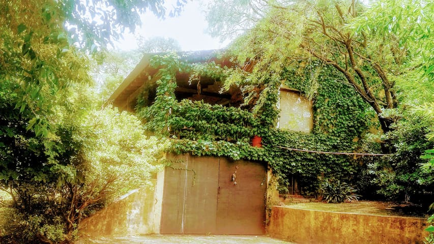 Casa equipada, piscina, coch doble - Salsipuedes - Casa