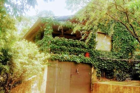 Casa equipada, piscina, coch doble - Salsipuedes - Huis