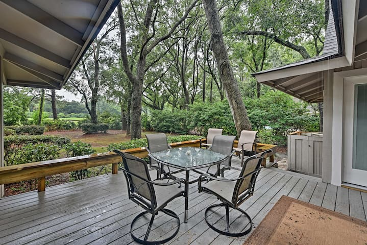 Put the gas grill to good use and cookout in style on this spacious patio!