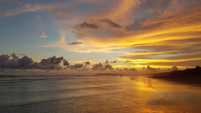 Quiet & Relaxing Ocean Front House, Esterillos E. - esterillos este