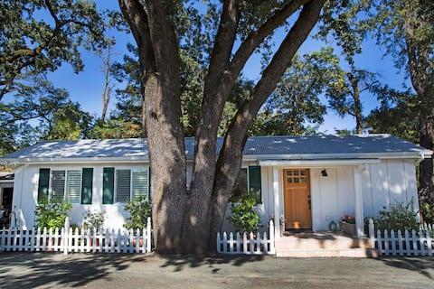 Cottage near Saint Helena CA