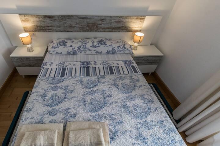 The white room, 10 mins centro de Pontevedra