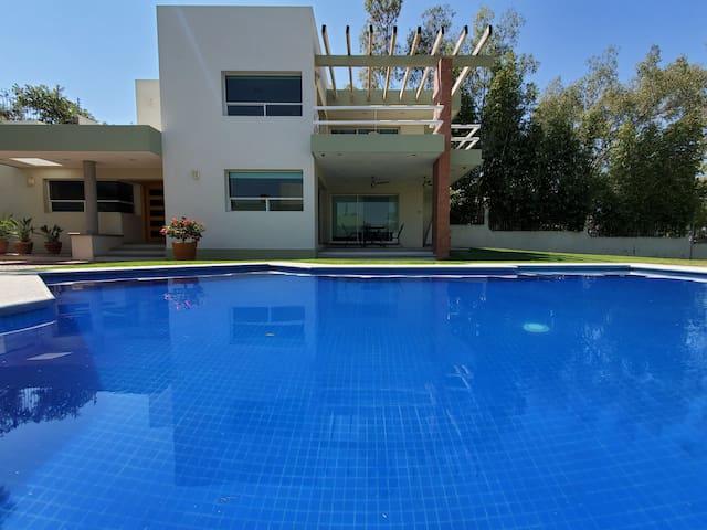 Casa Las Macetas, Planta Baja, Lomas de Comanjilla