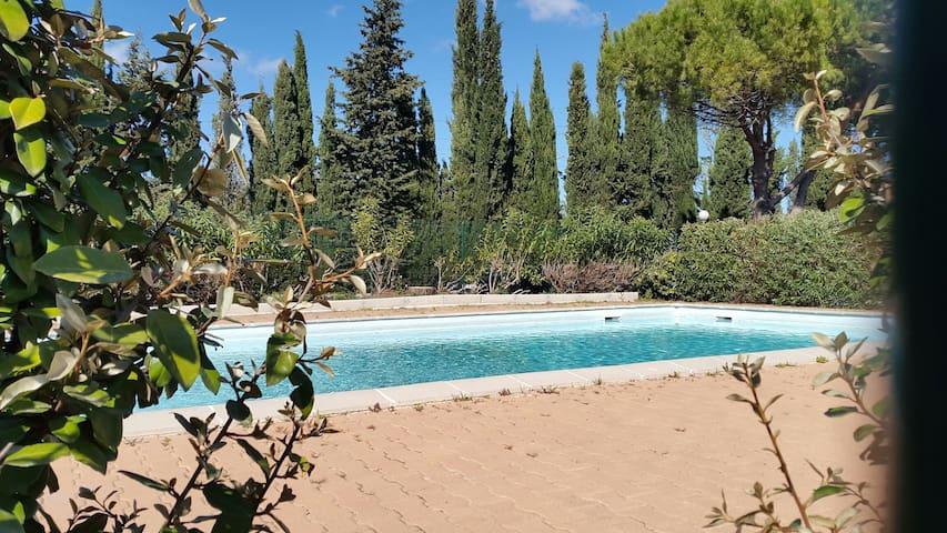 Maison jardin piscine ouv 1er juin au 30 sept for Camping sanary sur mer avec piscine