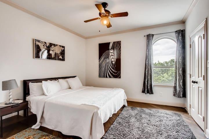 3rd Floor Bedroom - Uptown Suite