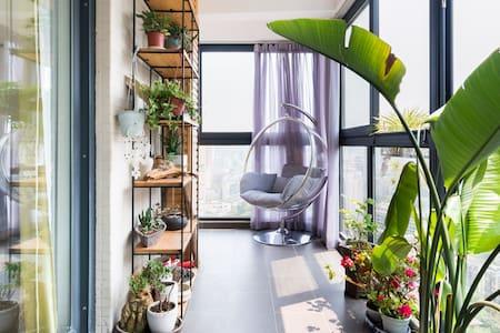 宽窄巷子附近的品质装修,观景阳台,茶艺空间客用套房