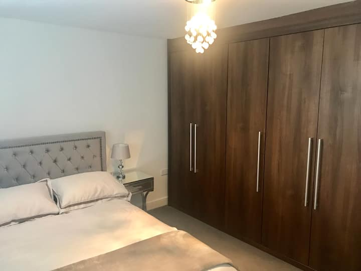 Beautiful en suite double bedroom