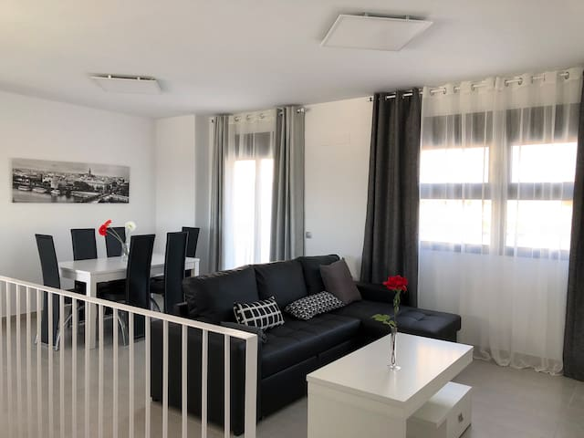 Apartement for 8 people, terrace, private parking