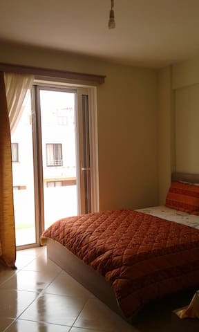 Comfortable flat near the beach (..read more..)