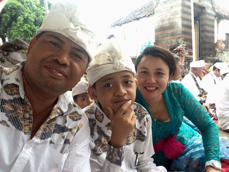 Your host, Ketut Artawa, his wife, Komang and their son.  Their daughter is now in University.