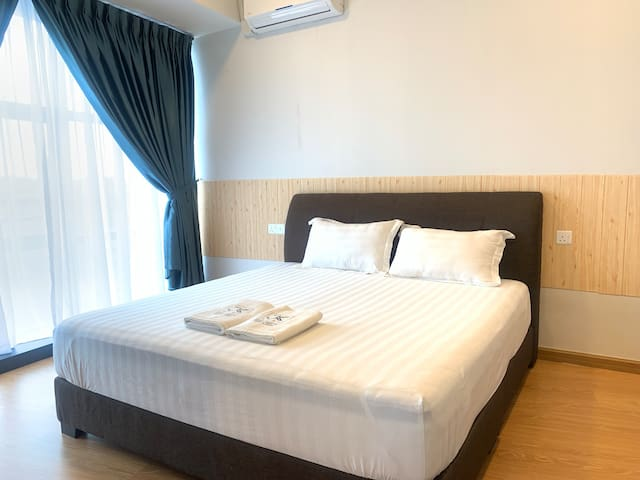 JkHome Country Garden DangaBay Seaview 1-3pax WifI