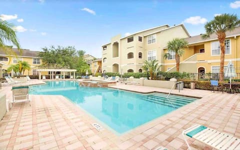 2 Bed Clearwater Vacation Condo.