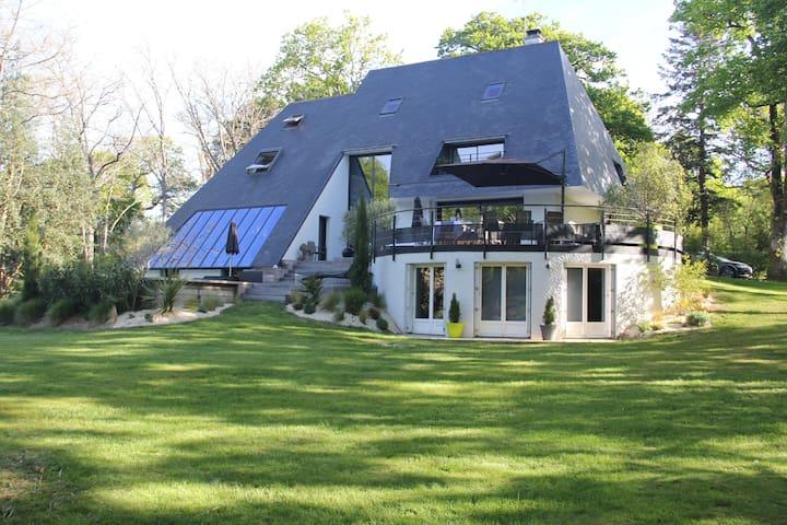 Belle Villa d'architecte avec piscine & spa - Guérande - Villa