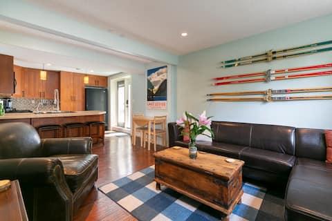 Vista View Chalet:  Cozy 2 bedroom guest suite